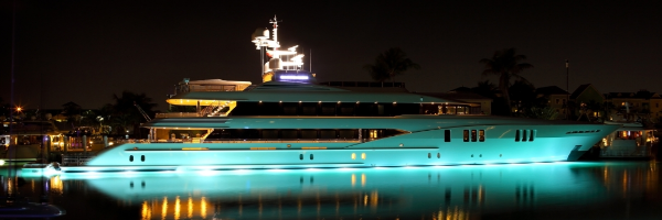 Lumotics-Marines-Sound-2-Light-on-a-luxury-superyacht