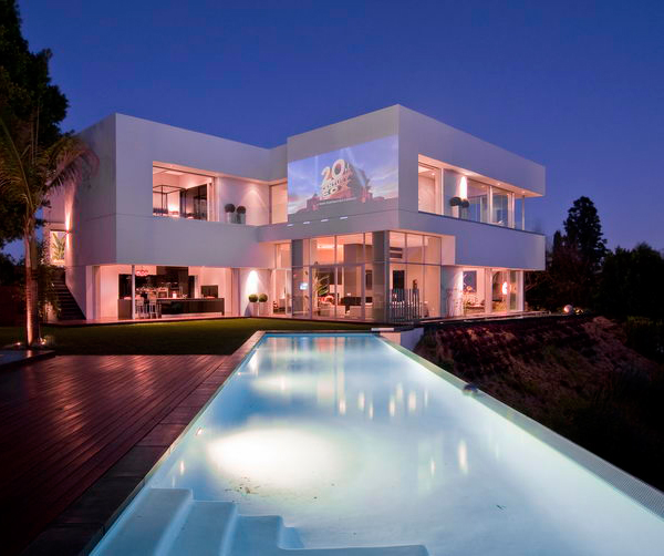 Luxury-Home-Design-Innovation-In-California-With-Beatiful-LED-Lighting-Ideas-Ensola-Info